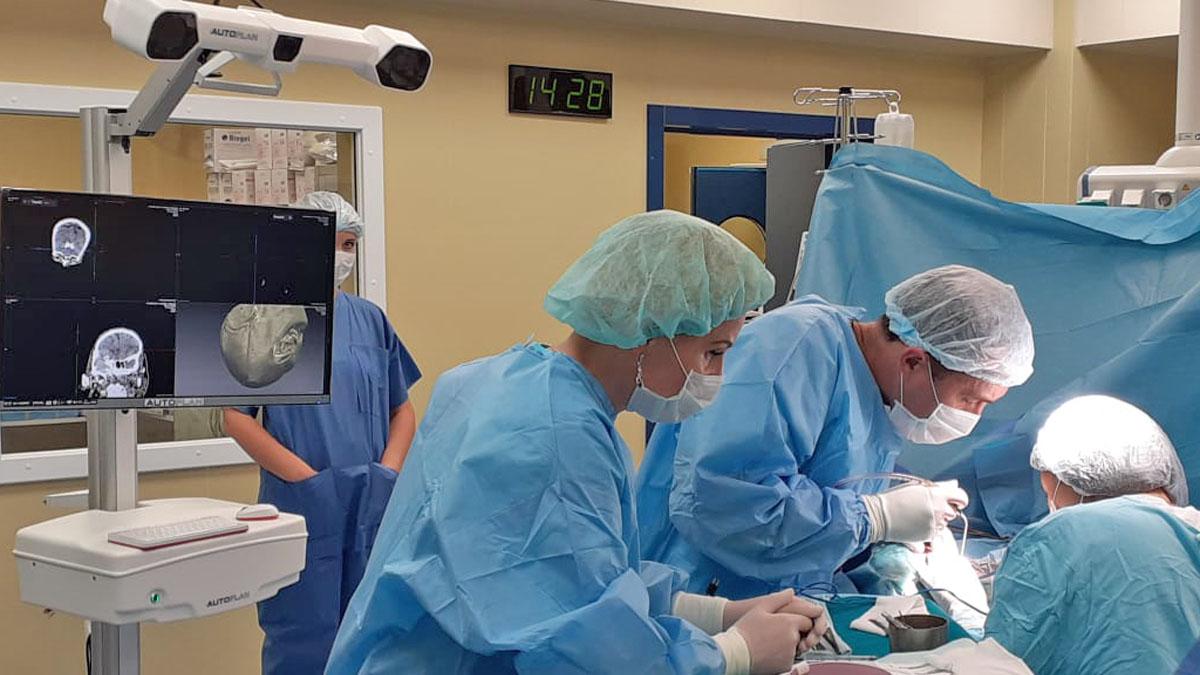 AUTOPLAN - Surgical navigation system